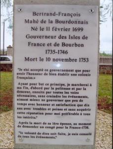 Inscription sous buste